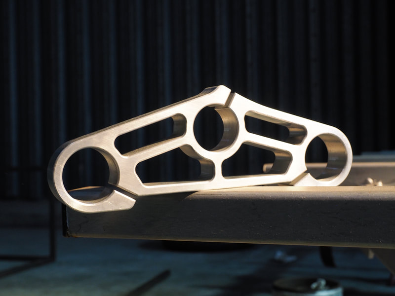 CUSTOM CNC ALUMINIUM MOTORBIKE PART